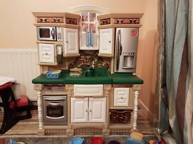 Fantastic Step 2 Toy Country kitchen for Sale.