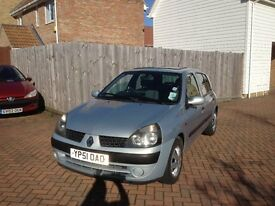 2001 Renault Clio (Silver) For Sale - Very Good Car and Great Value With Lots of New Fittings