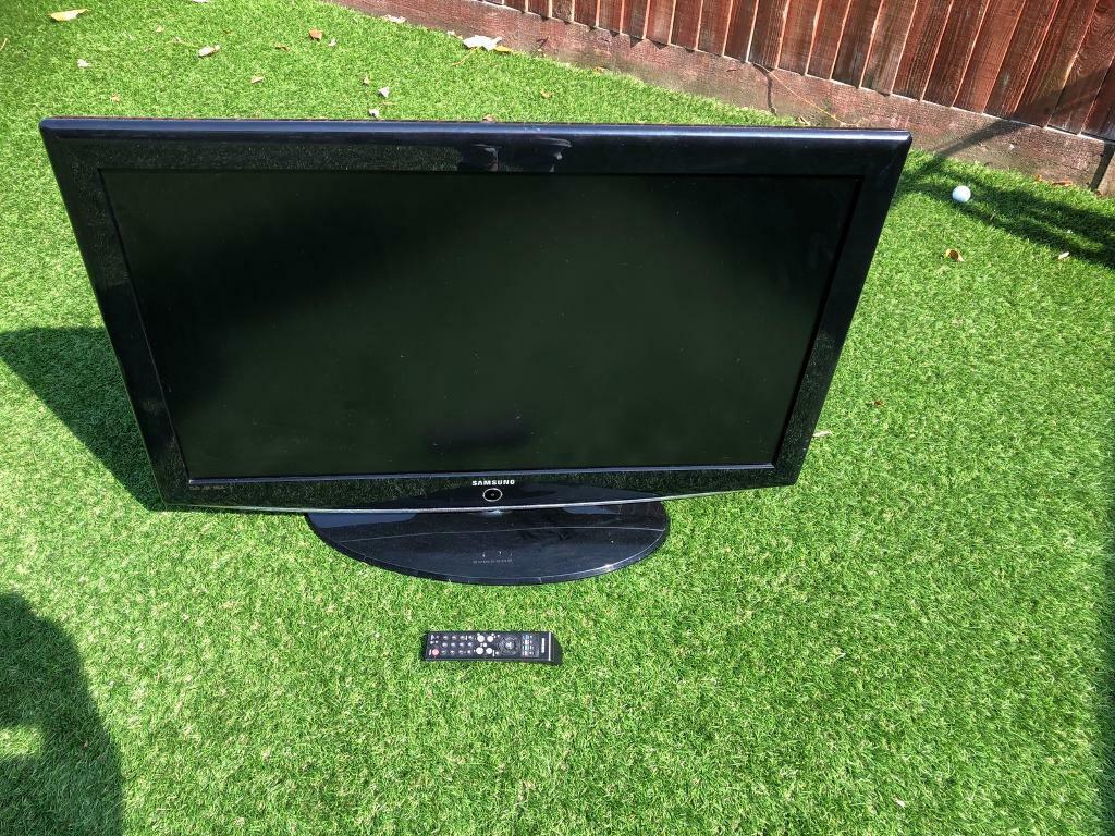 "Samsung 40"" tv spares or repairs   in Sarisbury Green, Hampshire   Gumtree"