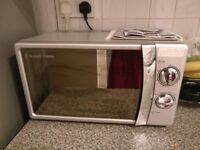 Russel Hobbs microwave in great condition