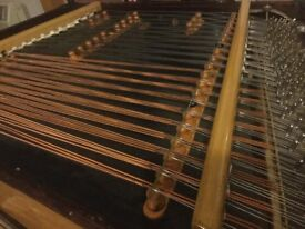 Hammered Dulcimer - Cimbalom instrument