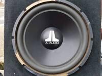 Jl Audio 15w3 v2 sub in box 15 Inc sub