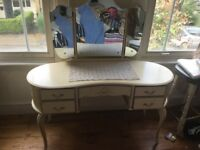 Vintage dressing table with three way mirror
