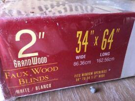 Faux wood window blind