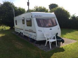 Lunar Ultima 640 caravan in excellent condition