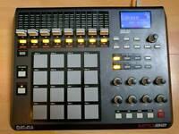 Akai MPD32 USB / MIDI pad controller