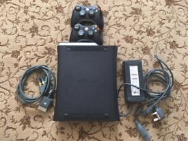 Xbox 360 (120Gb) - including 2 wireless controllers and games