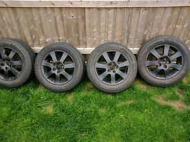 Jinyu gallopro yh18 215/60R16 the tyres are less than a week old