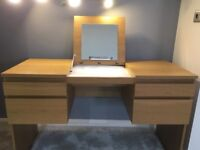DRESSING TABLE/DESK inc fee swivel chair
