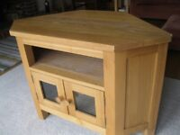 OAK CORNER TV STAND / UNIT. delivery poss . ALSO : PINE DRESSER, OLD CHURCH CHAIRS & PINE CUPBOARDS.