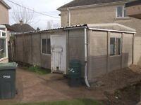 Garage/ Outbuilding