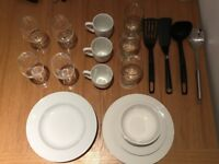 CROCKERY SET - ALL IN PERFECT CONDITION!