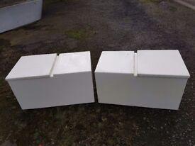 2 x grp boxs / lockers