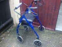 mobility walker/rollator