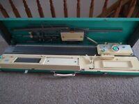 Jones KH-800 Knitting Machine