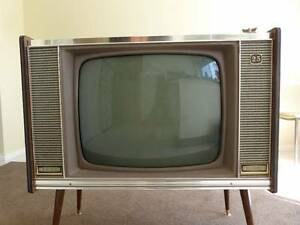 Vintage ANTIQUE ASTOR VALVE TV rare COLLECTABLE vacuum tube retro St Albans Brimbank Area Preview