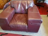I want to sell my three piece leather sofa set for a reasonable price