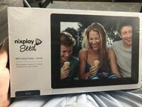 Digital Photo Frame Nixplay Seed 8 inch WiFi - Blue £60 ONO