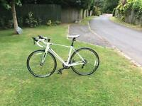 Giant Defy 4 road bike aluminium frame (medium)