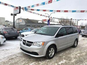 2012 Dodge Grand Caravan SE w/DVD & back up camera