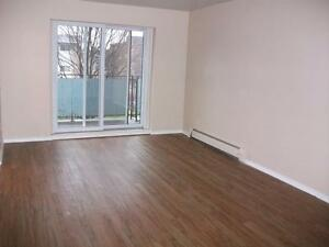 Bright 2 bedroom units available for October 1st. Stratford Kitchener Area image 4