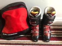 Salomon ski boots. Size 28. Uk 10