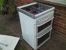 NEW HOMES STOVES DOUBLE OVEN GAS COOKER - GOOD WORKING CONDITION
