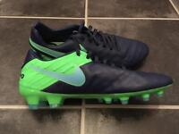 Men's Nike Tiempo full leather football boots
