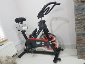 Spinning bike brand new used only few times