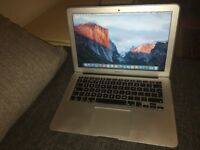 "MacBook Air 13"" - 2015 / 256GB SSD / 8GB RAM / Core i7 / MINT CONDITION"