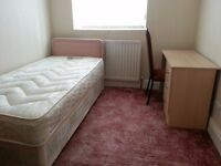 Fully Furnished Single Room Available in Luxury House To Let ,***( Fenham , NE4 ,Newcastle )**