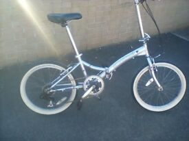 Easy Street Retro folding bike. Just had a £60 service at halfords and rides real good