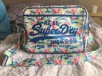 Woman's Super Dry shoulder bag
