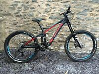 Downhill mountain bike, Mountain bike, Kona operater, 2015