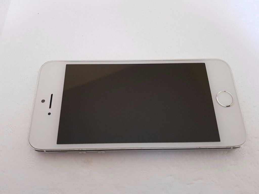 Apple iPhone 5s 32GB Silver O2/Tesco/Gifgaff in good condition with Fingerprint Sensor Fault