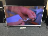 """WHITE Samsung 48"""" Smart 3D LED TV"""