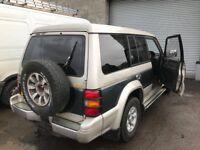 Mitsubishi pajero shogun diesel spare parts available bumper bonnet wing lights