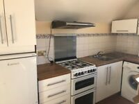 Spacious 2 double bed flat on Streatham Hill, *PRIVATE LET, NO FEES*