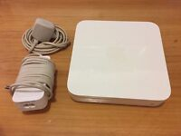 Apple AirPort Extreme 3rd Gen. Wireless Base Station A1301 Dual-Band Wi-Fi 802.11n