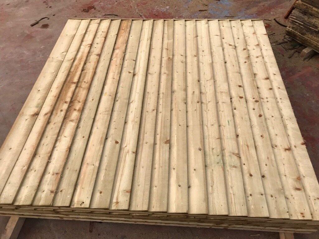 Heavy duty feather edge fence panels