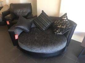 BRAND NEW DFS PIONEER BLACK AND SILVER CUDDLE SOFA