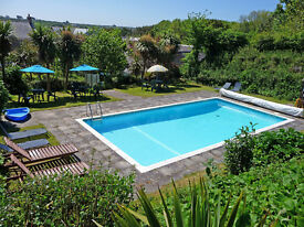 Cornish cottage in Mullion with swimming pool