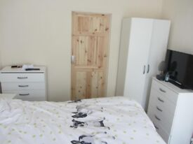room in lovely house new double bed wardrobes chest draws tv