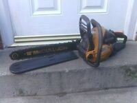 PETROL CHAINSAW WITH CHAIN COVER AND 18 INCH BAR £55