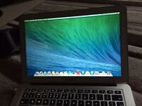 MacBook Air 13-inch (early 2014) 1.4 GHz Intel Core i5