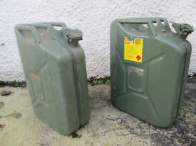 2 of 20lt jerry cans