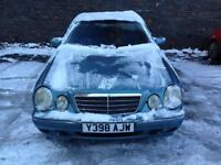 Mercedes E200 Elegance Red Top Kompressor 2001