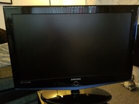 Samsung 32 inch full 1080 HD LCD Television