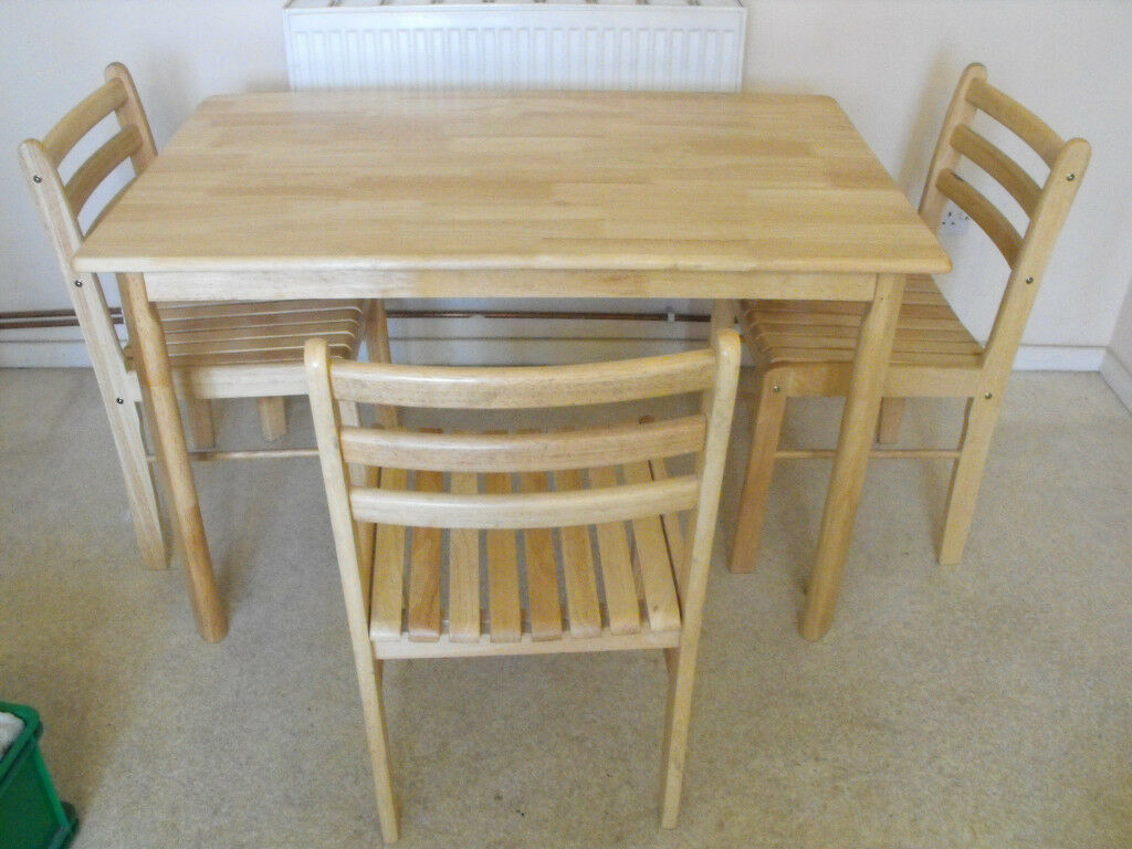 Dining Table And 4 Chairs Hardly Used Light Colour Wood