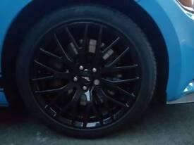 Mustang 19 inch wheel with Pirelli p zero tyres